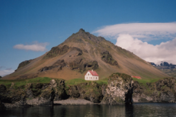 Learn Icelandic Phrases Essential for Travel, Free from BBC Languages