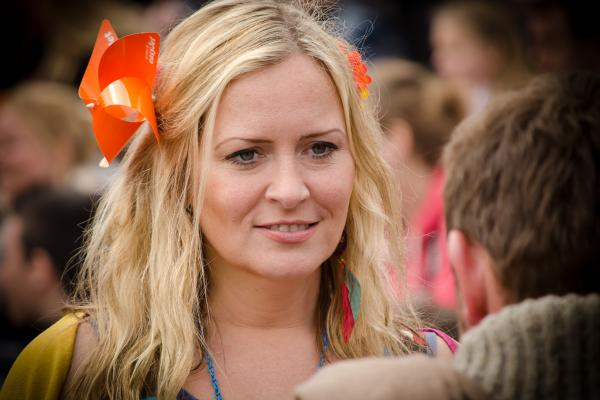 Learn Basic Dutch Online or Offline with 100 Free Audio Lessons for Web, iOS + Android